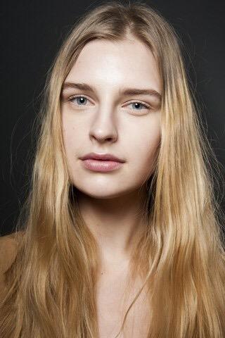 Stai pensando di cambiare colore di capelli in autunno  - Parrucchieria 0224dd2115e0